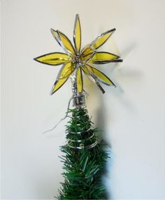 3D Stained Glass Christmas Tree Topper. by jacquiesummer on Etsy, $39.00