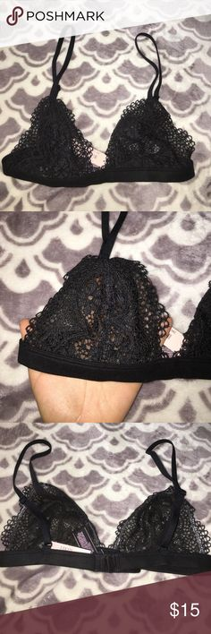 NWT Victoria's Secret Bralette adorable new VS bralette! Never worn or tried on! not my size so i don't want to model it haha definitely needs a new home where it could be worn Victoria's Secret Intimates & Sleepwear Bras