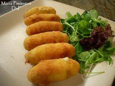 Croquetas de pollo y jamón. Receta paso a paso, con ingredientes, fotos de la elaboración, trucos y recomendaciones nutricionales y de servicio. Croquetas de...