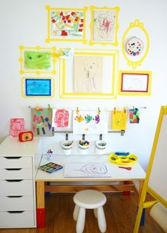 KIDS ART CORNER - It would stay looking like this for 20 mins maybe at my house! Love the paper drying line and the painted frames