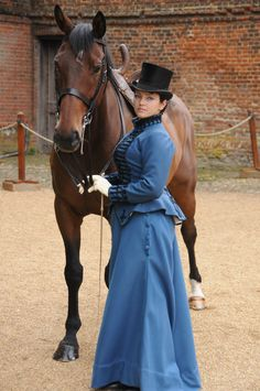 How to Make a Victorian Riding Habit (Prior Attire Historical Costuming Articles) by Izabela Pitcher Steampunk Fashion, Victorian Fashion, Vintage Fashion, Historical Costume, Historical Clothing, Damsel In This Dress, Vintage Dresses, Vintage Outfits, Riding Habit