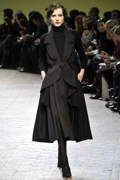 Limi Feu Fall 2009 Ready-to-Wear Collection Photos - Vogue
