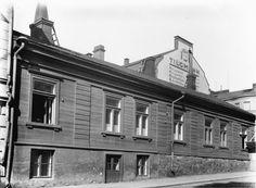 Annankatu 18.   Brander Signe HKM 1930—1939   Helsingin kaupunginmuseo   negatiivi ja vedos, lasi paperi, mv Helsinki, Good Old, Finland, The Past, In This Moment, Dreams, Architecture, Building, Modern