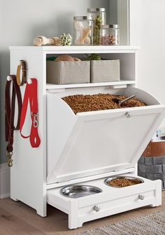 Diy Casa, Dog Rooms, Pet Feeder, Dog Houses, First Home, Home Organization, Organizing, Home Projects, Diy Furniture