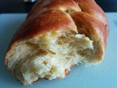 Découvrez les recettes Cooking Chef et partagez vos astuces et idées avec le Club pour profiter de vos avantages. http://www.cooking-chef.fr/espace-recettes/pains-brioches-et-viennoiseries/brioche-a-la-mie-filante-0