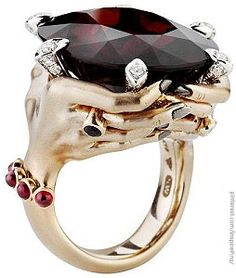 Stephen Webster seven deadly sins collection: Rage ring.