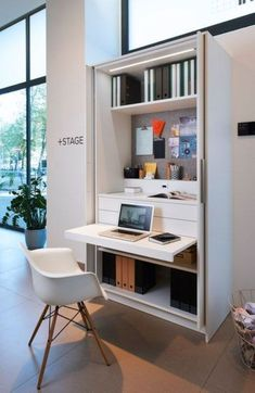 Hidden home office in this closet by kitchen manufacturer Mesa Home Office, Home Office Design, Home Office Furniture, Home Office Decor, Desk Office, Office Ideas, Office Designs, Office Cupboards, Office Style