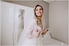 Φωτογράφος Περιστέρι Lace Wedding, Wedding Dresses, Wedding Photography, Bride, Fashion, Bride Dresses, Wedding Bride, Moda, Bridal Gowns