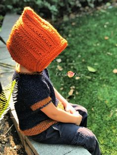 The Pixie Spice Hat is a free crochet pattern that is easy for beginners, as it is formed from a rectangle. This pattern includes a video tutorial. Crochet For Kids, Free Crochet, Knit Crochet, Crochet Hats, Yarn Monsters, Crochet Stitches, Crochet Patterns, Hat Patterns, Yarn Dreads