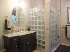 I love glass block showers, they make so much sense