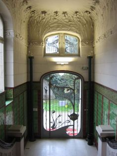 Entrance hall, Art Nouveau house at Allée de la Robertsau 76, in Strasbourg (France), by architects BERNINGER & KRAFFT, 1897-1900.