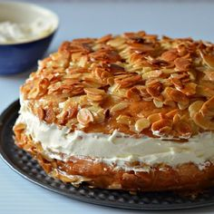 """A traditional German """"Bee Sting Cake"""""""