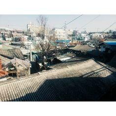 kangsaucony / #vsco #vscocam #S.Korea #Daejeon #Somewhere / #골목 #동네 #지붕 #대전 / 2014 01 15 /