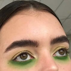 creative use of unconventional eyeshadow colors // green + yellow Makeup Inspo, Makeup Inspiration, Makeup Ideas, Lip Makeup, Beauty Makeup, At Home Hair Color, Models Makeup, Dream Hair, Pretty Makeup