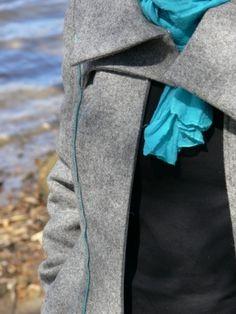Tanulmány babahordozós kabáthoz - MOME 2013 Floral Tie, Fashion, Floral Lace, Moda, Fashion Styles, Fashion Illustrations