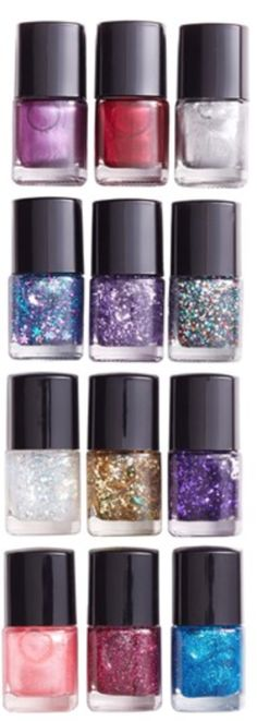 12 Days of Color Nail Polish Set http://rstyle.me/n/dfg53nyg6