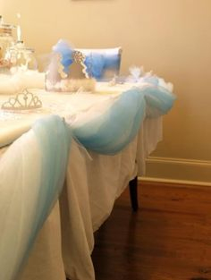 cinderella inspired party table decoration by OwlCitizenSkySailor