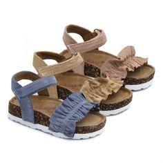 Kids Sandals, Shoes Sandals, Cute Baby Shoes, Beaded Sandals, Huaraches, Girls Shoes, Cute Babies, Diana, Vogue