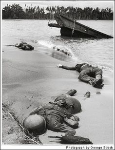 100 Photographs that Changed the World by Life - The Digital Journalist  #Soldiers #WWII #War