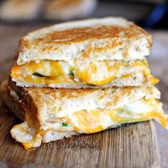 Favorites...Jalapeno Grilled Cheese, zuchini cakes, Pepperoni pizza puffers, sweet pot., mozz & pesto grilled cheese