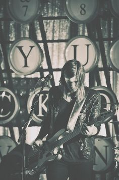 Seth Bolt of Needtobreathe by Rachel Berbec, via Flickr