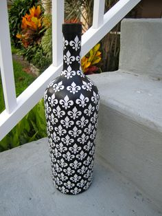 Large Black Fleur de Lis Inspired Upcycled by Greencycledesigns, $20.00