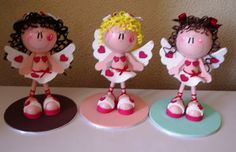 fun foam little girl Cupids. Chocolate Chip Frappe, San Valentin Ideas, Holiday Crafts, Holiday Decor, Biscuit, Pasta Flexible, Foam Crafts, Cupid, Clay Art