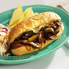 Steak and Cheese sandwich from cooking light- still skeptical on the health factor, but looks yummy. Rib Sandwich, Philly Cheese Steak Sandwich, Slider Recipes, Pork Recipes, Burger Recipes, Wrap Sandwiches, Steak Sandwiches, Gourmet Sandwiches, Mushroom Recipes