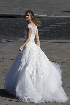 """Magnificent Wedding Dresses For Magnificent Women Loove it.....""""that's a WHOLE lotta dress!!!"""" ;) DEFinitely My Style. ;)"""