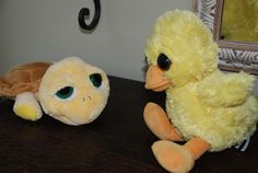 Turtla and Duck meet for the first time