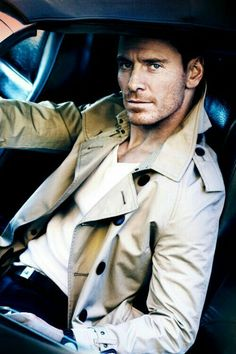 Whaaat???? Shut up - no one can be this good looking. Just Daaannnmmm Fassbender