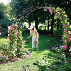 Learn how to build a pergola in your backyard to shade a stone patio or deck. These pergola plans include wood beams and lattice set on precast columns. Grill Gazebo, Diy Gazebo, Gazebo Plans, Garden Arch Trellis, Garden Archway, Garden Arbor, Building Raised Garden Beds, Building A Pergola, Raised Beds
