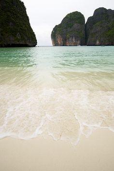 I need a beach vacayyyyyyyyyyy asap.