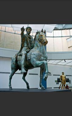 Statua equestre di Marco Aurelio - 176 d. C.- Bronzo dorato - Musei Capitolini.
