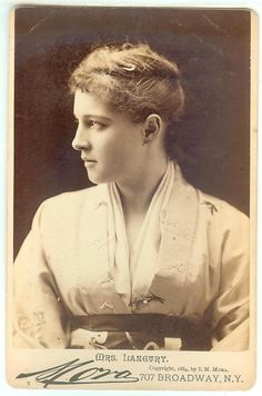 Lillie Langtry in a kimono
