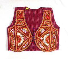#kutchicolorfulembroideredkoti #fabricmirrorworkpatch #handmadeembroidered BY #CraftsOfGujarat #craftnfashion #meghcraft #indianethnicjewelry