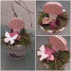 Pink Spring table decoration. Rózsaszín tavaszi asztali dekoráció.