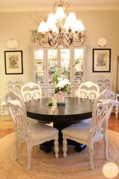 Dining Chairs DIY-How to spray paint!