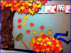 Classroom Wall Playful Leaf Pile (63 pieces)