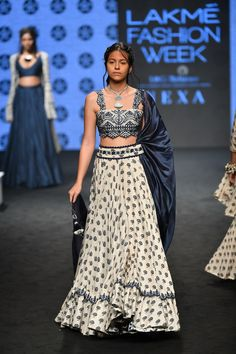 Check out the latest collection by Punit Balana showcased at the Lakme Fashion Week Summer/Resort 2019 India Fashion Week, Lakme Fashion Week, Fashion Show, Fashion Outfits, Japan Fashion, Fashion Art, High Fashion, Indian Bridal Fashion, Indian Wedding Outfits