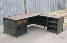 Vintage Industrial Desk. Reclaimed Wood and Steel. por leecowen