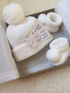 Crochet Animal Patterns, Stuffed Animal Patterns, Crochet Accessories, Handmade Accessories, Crochet For Kids, Crochet Baby, Baby Shower Hamper, Pink Gift Box, Fairy Tree