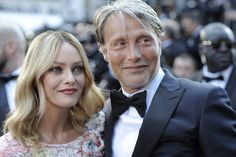 [May 11] The 69th Annual Cannes Film Festival - Opening Ceremony - 073 - Mads Mikkelsen Source