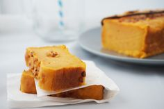 Quel délice que ce gâteau fondant à la patate douce et à l'huile de coco ! Une recette originale et exotique...