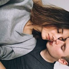 Image about girl in Love//couple//goals by Kati Cute Couple Pictures Tumblr, Couple Tumblr, Tumblr Couples, Teen Couples, Couple Bi, Photo Couple, Couple Photos, Couple Things, Sweet Couple