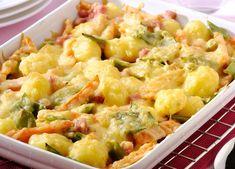 Gemengde groentegratin met wortelen,boontjes, krieltjes en achterham Charcuterie, Potato Salad, Cauliflower, Macaroni And Cheese, Casserole, Potatoes, Healthy Recipes, Vegetables, Cooking