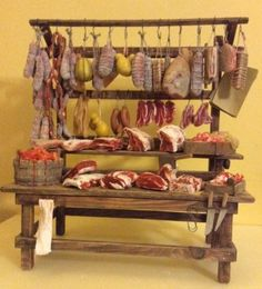 Banco-macelleria-da-macellaio-PRESEPE-miniature-in-cera-carne-salumi-formaggi