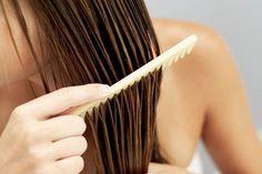¿Por qué usted nunca debe ir a la cama con el pelo mojado