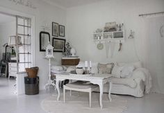 .•°¤*(¯`★´¯)*¤° Shabby Chic.•°¤*(¯`★´¯)*¤°.....Love the wording above the door... There's no place like home..