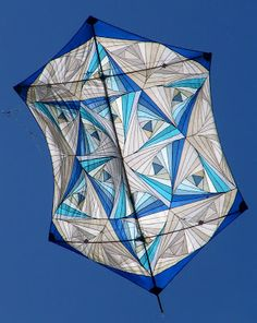 """Star of David rokaku kite by Eli and Shula Shavit. The patchwork technique is """"Log Cabin with a Twist"""". Kite Store, Kite Designs, Israel Flag, Kite Flying, Kites, Star Of David, Lightning, Blue And White, Quilts"""